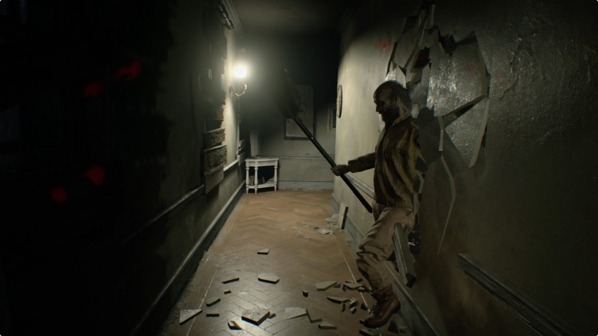 Jack Baker bursting through wall in Resident Evil 7