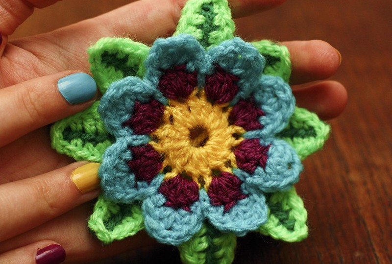Learn to Crochet: Flowers thumbnail Photo